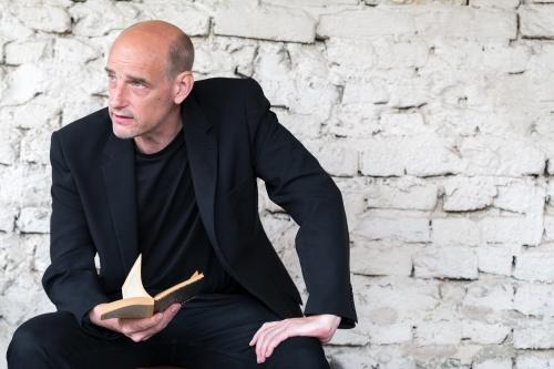 Ilja Kamphues liest aus Anna Segher -Das siebte Kreuz-