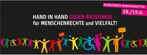 Hand in Hand gegen Rassismus --fuer Menschenreche und Vielfalt - Demonstarion