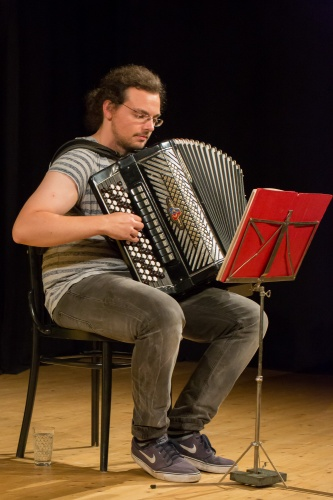 Viktor Gesiarz - Knopfakkordeon-2