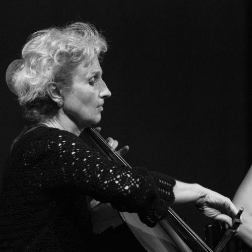 Anka Hirsch, Cello