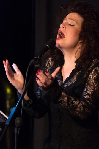Sabine Kuehnrich (Gesang)-2