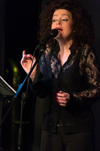 Sabine Kuehnrich (Gesang)-3