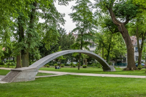 21 Betonobjekte im Dreieichpark-3