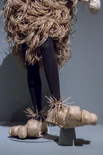 Lavinia Schulz Bibo - Detail Beine