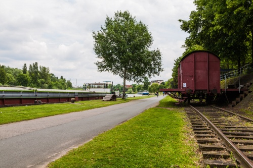 10 Hafenbahn