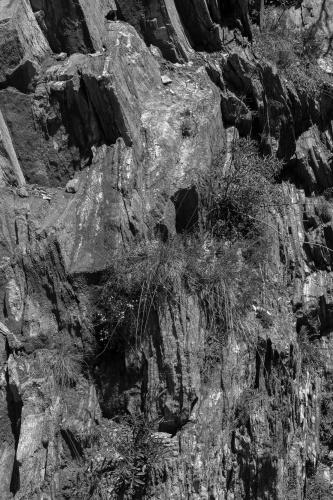 Variantenreiche Felswaende