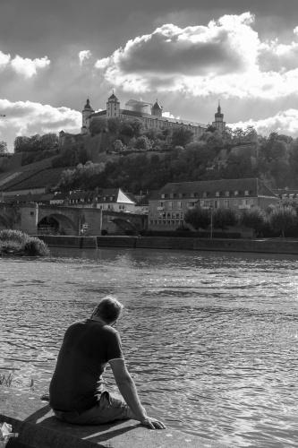 Rast- Alte Mainbruecke und Festung Marienberg Wuerzburg