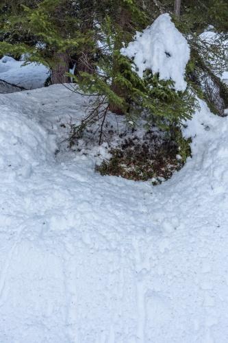 Formen im Schnee_-2