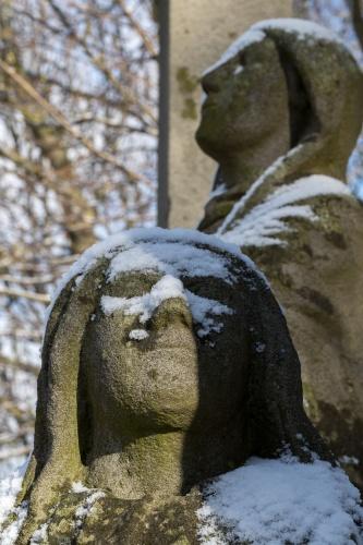 Details von Figuren auf dem Battenstein-3