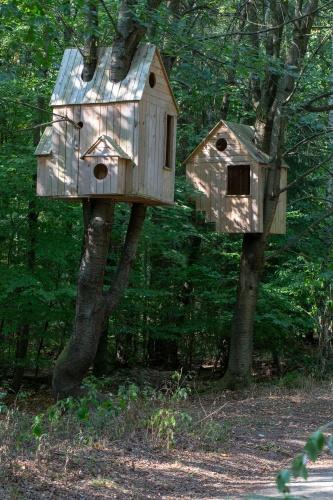 Laura Lio, houses-nests (Alfabeto-abeto)-2