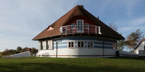 Asta-Nielsen-Haus vom Garten