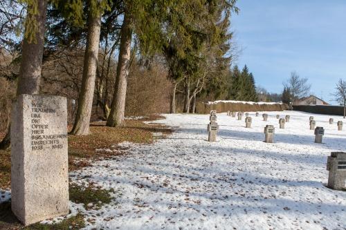 Baden-Wuertemberisches Psychiatriemuseum - Gedenkstein und Friedhof